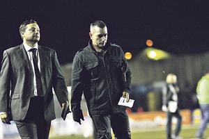 Jeaustin Campos anunció que hoy decidirán si suspenden el partido del sábado contra el Cartaginés