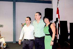 Los candidatos a vicealcaldes Laura Chávez y Alonso Luna acompañarán al alcalde Roberto Thompson