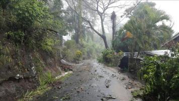 El huracán Fred se fortalece algo más mientras se aproxima a las islas de Cabo Verde Paso de la tormenta tropical Erika por la región del Caribe Oriental. EFE/Archivo