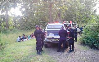 La Fuerza Pública detuvo a 12 nepalíes en La Torre de Peñas Blancas