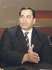 El ministro de Hacienda a.i., José Francisco Pacheco asegura que presupuesto solo aguanta recortes en la Controlaría y el Poder Judicial