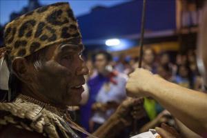 Indígenas advierten disparos y caza furtiva en una tierra en disputa en Paraguay El territorio ancestral de la comunidad ayoreo de Cuyabia consta de 25.000 hectáreas y está rodeado por once empresas a
