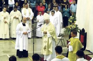En la Catedral de Alajuela hoy monseñor Ángel Sancasimiro dará gracias a Dios por sus 50 años de vida sacerdotal