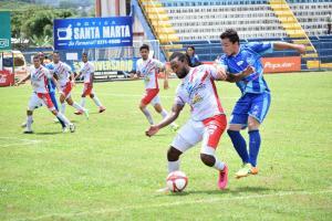 Santos hizo un buen negocio en Pérez Zeledón tras imponerse 1-3