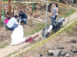 Agentes judiciales levantaron el cuerpo del peón bananero