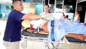 Al nicaragüense lo trasladaron al centro médico con heridas en la cabeza que lo mantienen muy delicado