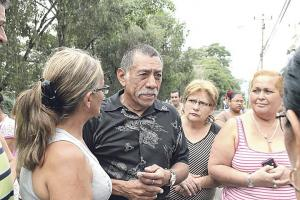 Fabio Gutiérrez Valencia, padre de la víctima, estaba consternado y dijo que tienen familia en Estados Unidos