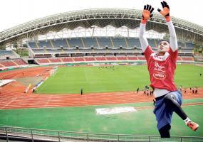 El Estadio Nacional lucirá sus mejores galas para ver el regreso de Keylor Navas al marco tricolor. (Fotos: Herbert Arley)
