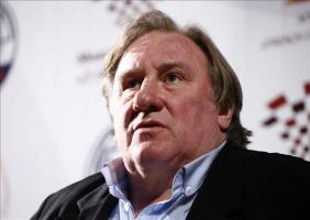 Depardieu dice que se siente muy ruso y que no le gustan los estadounidenses El actor francés Gerard Depardieu durante la inauguración ayer de la obra La Musica Deuxième, una continuación de la obra '