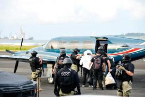"""A """"Macho Coca"""" lo trasladaron vía aérea a Alajuela"""