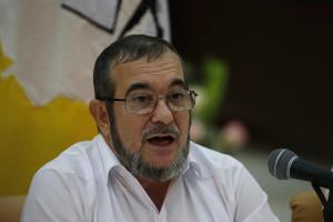 En la imagen, el máximo líder de las FARC, Rodrigo Londoño, alias