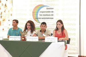 Bryan Acuña, Sharon Zelaya, Alexander Ruiz y Jennifer Hidalgo ofrecieron detalles del proyecto