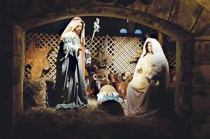 Las imágenes que representan a los personajes bíblicos de Jesús, José y María tienen más de 100 años