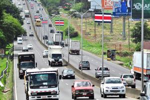 El país mantiene un uso elevado de hidrocarburos, dependencia que se presenta mayormente en los vehículos