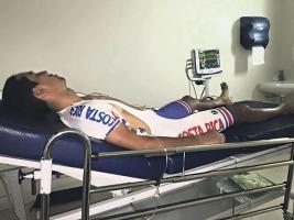 Andrey Fonseca fue tratado con suero en la Clínica Alemana, luego de sufrir un cuadro de deshidratación