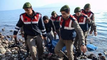 Varios grupos de migrantes han fallecido en el mar turco.