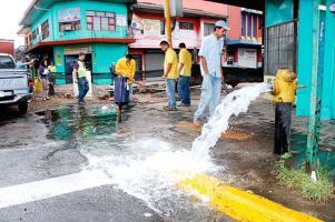 En la próxima facturación los abonados de AyA pagarán más por hidrantes