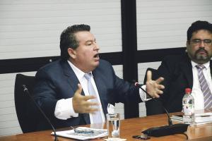 """Alberto Rodríguez Baldí aceptó que trabajó para el estadounidense John Hull, a quien se vinculó con el tráfico de armas en el caso denominado """"Irán-Contra"""""""