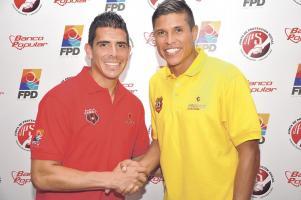 Johnny Acosta y Esteban Granados son líderes en su equipo. Hoy lucharán por sus intereses en la búsqueda de los tres puntos