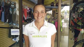 Alia Cardinale pertenece al equipo de Herbalife y tratará de conseguir la marca para los Juegos Olímpicos