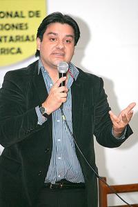 Ganar alcaldías en elecciones municipales impulsa a Sergio Mena a la precandidatura presidencial de cara al 2018