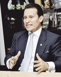 El diputado Luis Vásquez solicita el cierre de las constructoras que según denuncia operan sin permiso del Minae