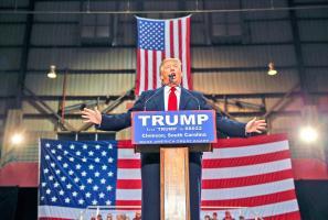 Trump amplía ventaja
