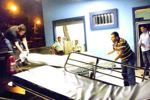 Agentes del OIJ levantaron el cuerpo de Emily Madrigal Cerdas para llevarlo a la morgue