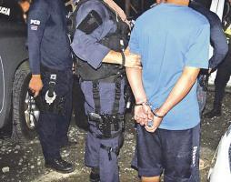 El chofer de bus fue remitido a la Fiscalía tras la detención