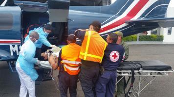 A Aníbal Vargas lo trasladaron de Limón vía aérea hasta Base 2 en el Aeropuerto Internacional Juan Santamaría