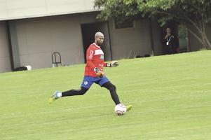 Patrick Pemberton asegura que entrena fuerte por si le dan la oportunidad de sustituir a Keylor Navas en el marco tricolor (Foto: Francisco Herrera)