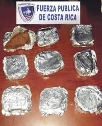 Los queques tenían marihuana y fueron decomisados por la policía