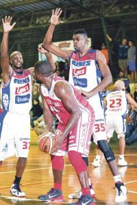 Hoy habría campeón en el baloncesto nacional. (Foto: cortesía Brenes Barva)
