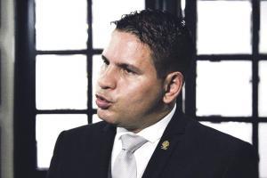 El legislador Fabricio Alvarado pretende cerrar portillos a la aplicación del aborto terapéutico