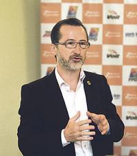 Juan Carlos Rojas afirmó que el Saprissa anunciará sus movimientos en la planilla las próximas semanas