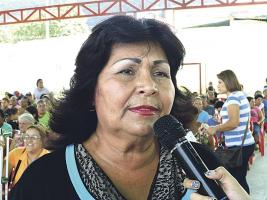 La diputada venezolana por el Gran Polo Patriótico, Haydée Huérfano, reclama por falta de toallas, pañales y comida