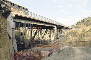 Los trabajos sobre el puente de La Platina avanzan a buen paso