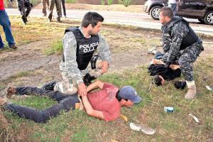 """La acción policial se llevó a cabo en varios sectores de la capital y se detuvo a los miembros de la banda de """"Pollo"""""""
