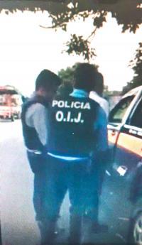 Dos agentes del OIJ detuvieron a un oficial de tránsito como sospechoso de abuso de autoridad