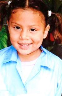 Que el padre de Yereling Guzmán Calvo se pusiera una camiseta con el rostro de la menor, provocó un fuerte enfrentamiento entre la pareja